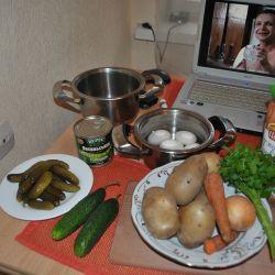 Почему «Оливье» в России считается традиционным блюдом